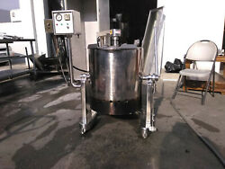 10 Gallon Self Contained Mixing Kettle