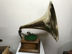 Horn Gramophone Oak Cased Early 1900and039s