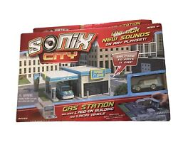 Sonix City Micro Gas Station And Car Wash Playset, Mini Car Toy W/ Sounds