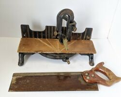 Stanley Vintage No. 150 Miter Box Cast Iron With Saw Carpentry Tool