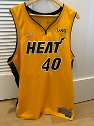 5316/6031 Le Xxl Miami Heat Udonis Haslem Trophy Gold Swingman Numbered Jersey