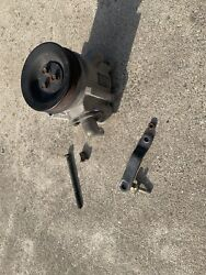 1992 Ford Mustang Smog Pump W Brackets And Bolts