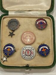 Early Vintage Lot Of Religious Methodist Award / Lapel Pins In Small Green Case