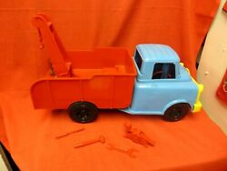 Vintage Ideal Plastic Toy Tow Truck With Winch / Tools.... 1950-60's