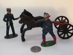 Rare Early 1900and039s Cast Iron Horse Drawn Fire Engine With Three Horses - Hubley