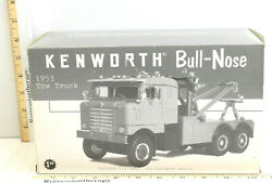 2000 First Gear 1953 Kenworth Bullnose Tow Truck 134 Diecast Metal Red Rare