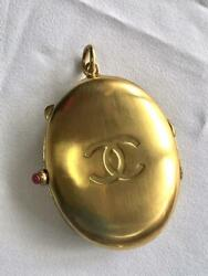 Auth Pendant Top Charm Locket Vintage And03990s Coco Mark Cc Logo F/s