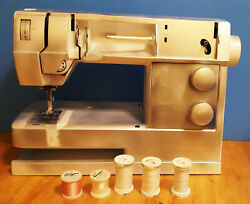 Husqvarna Viking Sewing Machine Type S2 60625823 Untested Parts As Is