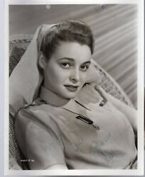 Patricia Neal -signed Photograph