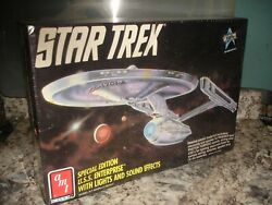 Nos Nisb Amt 6957 Star Trek Special Edition U.s.s. Enterprise Lights And Sound
