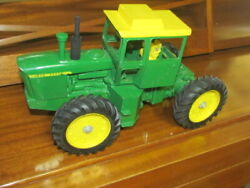 John Deere 7520 4 Whl Drive Toy Farm Tractor, Original With Air Cleaner 1/16th