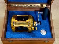 2007 75th Anniversary Penn Fishing Reel With Coin And Original Papers