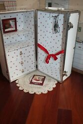 Retired And Rare American Girl Doll Molly's Footlocker Trunk, Pleasant Co. Euc