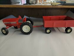 Vintage International Harvester Ertl Toy Tractor And Hay Wagon