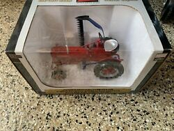 1/16 Spec-cast International Harvester Farmall Cup With 22 Sickle Mower