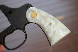 Grips For Colt M1917 And M1909 U.s. Army Simulated Pearl Smooth With Med Goldfast