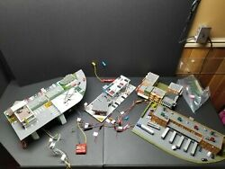 Custom Kato N Scale Gas Station And Helico For Railroad With A Lot Of Features