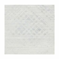8'1x8'1 Undyed Natural Wool Cut And Loop Pile Light Gray Square Rug G62893