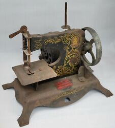 Vintage Lindstrom Little Miss Toy Sewing Machine With Motor Circa 1931