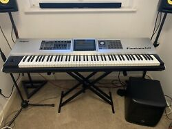 Roland Fantom G8 Workstation Stand Roland Expression Pedal And Cover Excel Con