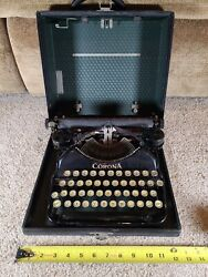 Corona Vintage Typewriter And Case Victoria Racimo Celebrity Writer And Actor