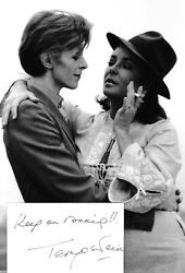 Terry O'neill David Bowie Elizabeth Taylor Signed 5x3 White Card With 12x8 Photo