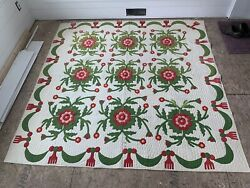 Antique Rose Of Sharon Pattern Quilt Red And Green
