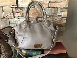 MARC BY MARC JACOBS LARGE LEATHER WORKWEAR HANDBAG TAUPE $95.00
