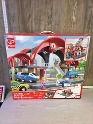 Hape Grand City Themed Magnetic Kids Play Freight Train Railway Station Toy Set