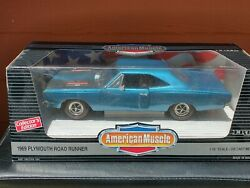 1969 Plymouth Road Runner 1/18 Diecast American Muscle By Ertl 7384