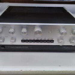 Accuphase Control Amplifier C-200 Ac100v Working Properly 8449