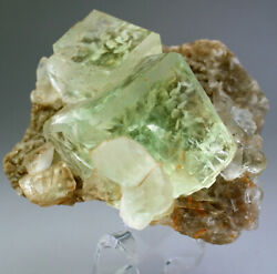 Superb Water-clear Jelly Green Fluorite Crystalslarge Cabinet Xianghuapuchina