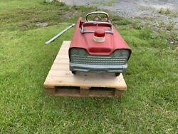 Murray Red Fire Department Vintage Pedal Car With Red Faux Light On Hood