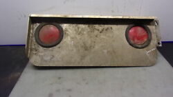 Truck-lite Commercial Truck Tail Light Bracket And Dual Tail Lights
