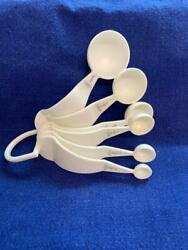 Vintage White Tupperware Measuring Spoons Set Of 6 W Curved Handles And D Ring Usa