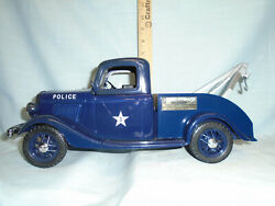Jim Beam 1935 Ford Police Tow Truck Decanter