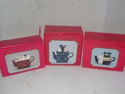 Lot Of 3 Vintage Mini Teapots - Antique Sewing Machine Stove And Sink