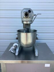Hobart A-200 Mixer 20qt With Paddle, Hook And Bowl 115v 1ph Tested