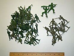 45 Mpc Brand Vintage Green Army Men + 9 Unknown With Hole In Base + 2 Others