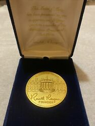 Ronald Reagan Medal Of Merit In Box + Presidential Task Force Pin + Guest Wh Pin