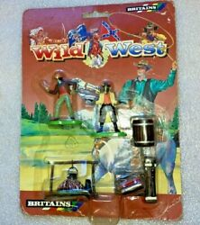 Britains Wild West Cowboys And Indians Carded Camping Items With 2 Figures