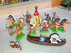 Vintage Britains Deetail Toy Figures - 1st And Later Series Indians - 15 Figures