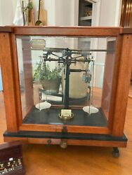Vintage Will Corporation Pharmaceutical Scale W/ Weights Excellent Condition
