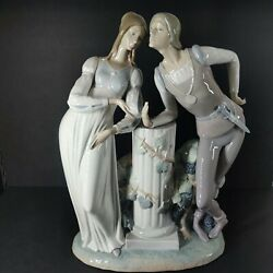 Vintage Large Size Lladro 4750 Romeo And Juliet -excellent Condition .