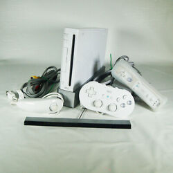 Nintendo Wii Rvl-001 Usa Console Bundle 2 Controllers Tecmo Bowl Stand Tested