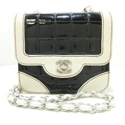 Auth Chocolate Bar Stitch Black White Patent Leather Womens Shoulder Bag