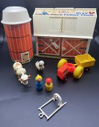 Vintage 1967 Fisher Price Little People 915 Farm Barn Silo Animals Tractor Toy