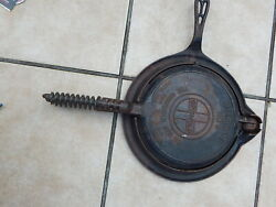 Vintage Griswold No 8 885 886 Cast Iron Waffle Iron