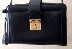 Old Shoulder Bag Color Black Gold Used Key Use Is Not Available Women Rare