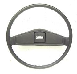 Chevrolet Truck Steering Wheel Oem Gm Part 9754696 Black With Horn Button